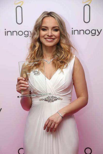 Alicja Czyrska z Orderem Fundacji innogy Polska